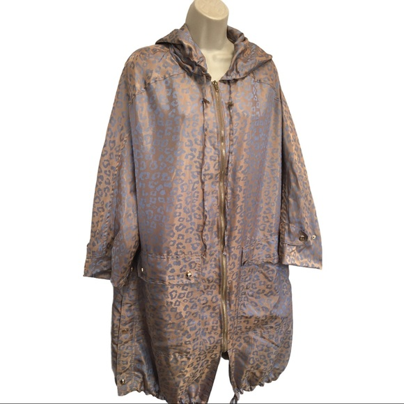 Tov Hooded Silky Polyester Leopard Print Bronze &